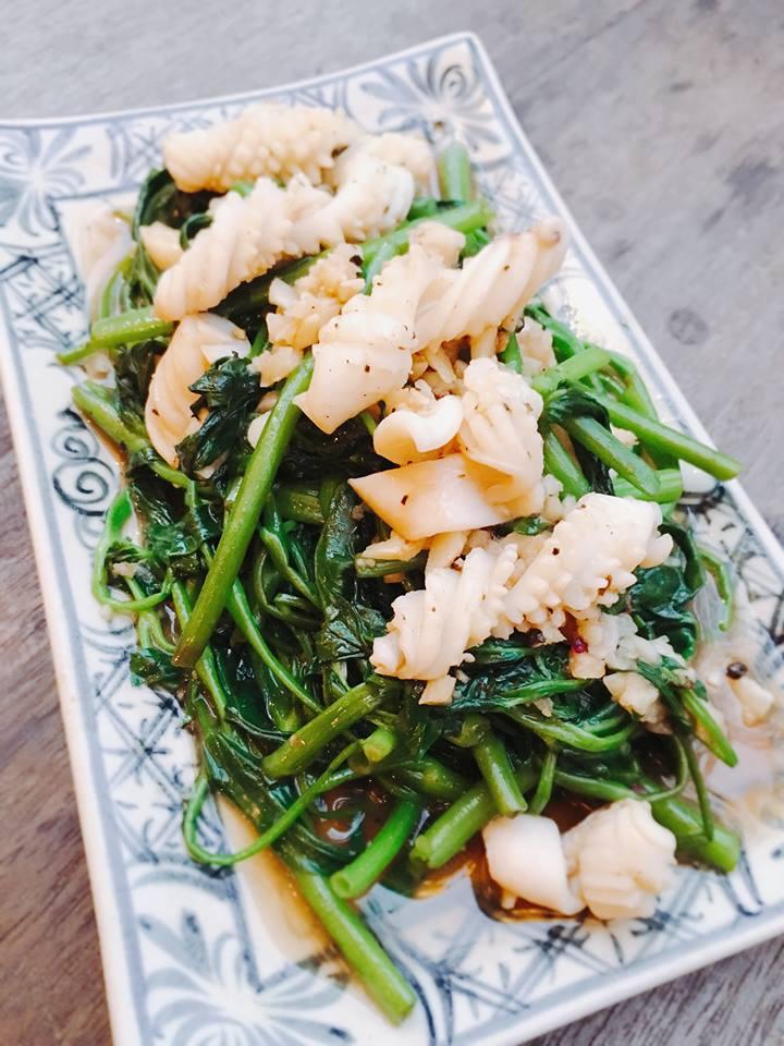 観光ベトナム料理ダナン食べ物レストランDenlong